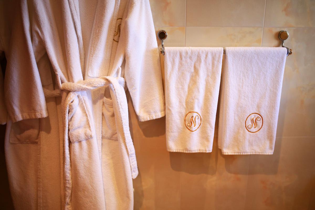 Hotel Niko Details