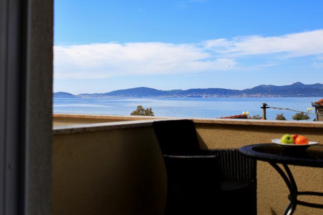 Soba s pogledom na more